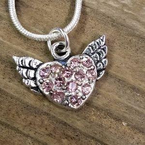 Nwot Angel Heart necklace